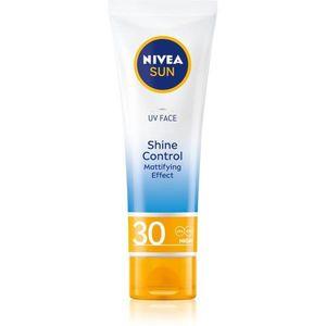 Nivea Sun mattító napozó krém az arcra SPF 30 50 ml kép